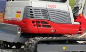 pelle takeuchi TB235 Construction toute en acier
