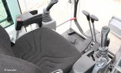 pelle takeuchi TB290 Habitacle de type automobile et spacieux